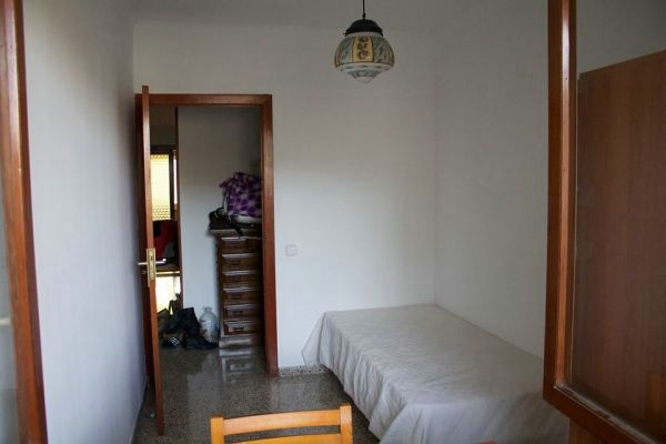 Piso compartido cerca plaza espa a piso palma mallorca for Buscar piso compartido