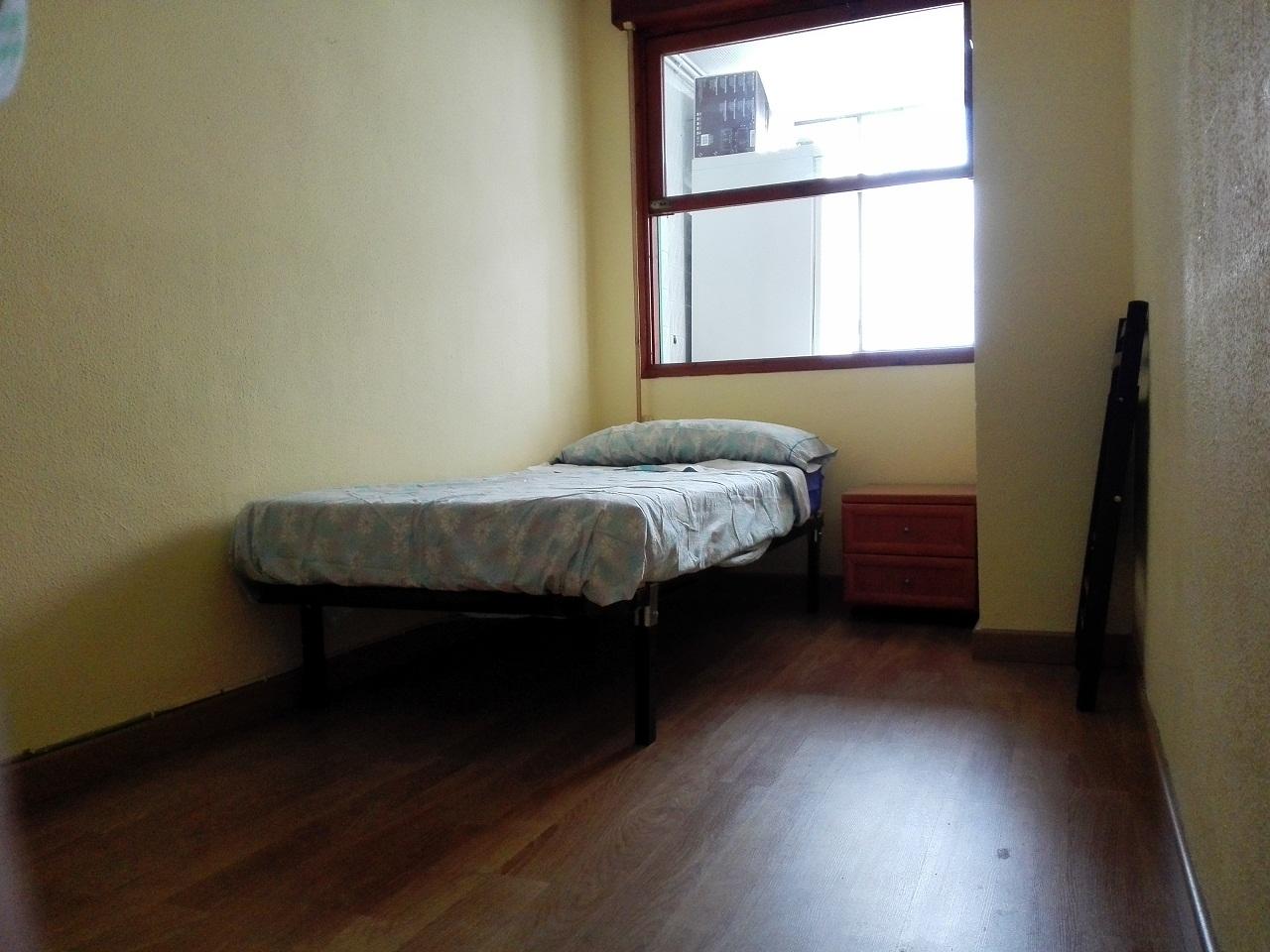 busco habitacion en piso